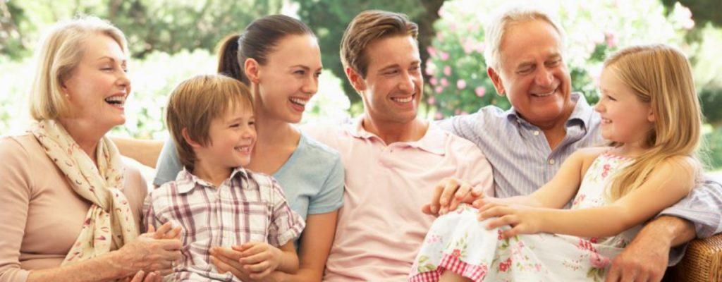 ВНЖ и гражданство через корни и воссоединение семьи | Migronis