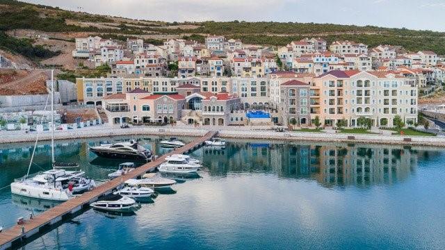 Недвижимость Черногории: Все, что нужно знать инвестору до оформления гражданства Черногории - lu tica bay