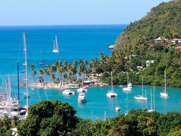 Сент-Люсия: стоимость гражданство за инвестиции для всей семьи