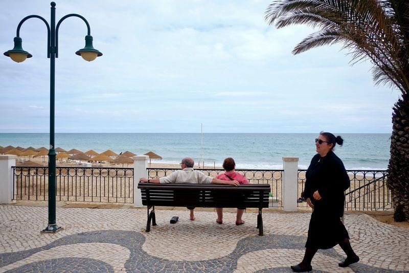 Страна с распростертыми объятиями встретит португальцев, которые пожелают вернуться