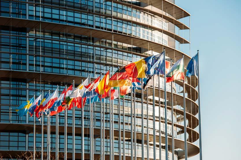 Как повлияют черные списки ЕС на владельцев вторых паспортов?