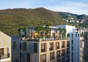 Апартаменты среди гор и пентхаус в «порту миллионеров»: топ-5 объектов недвижимости в Черногории 2021