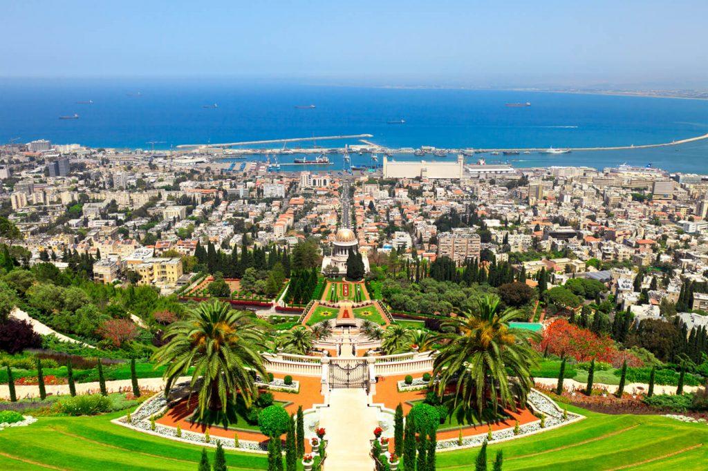 Среди безвизовых стран для держателей паспортов Сент-Люсии древний многонациональный Израиль