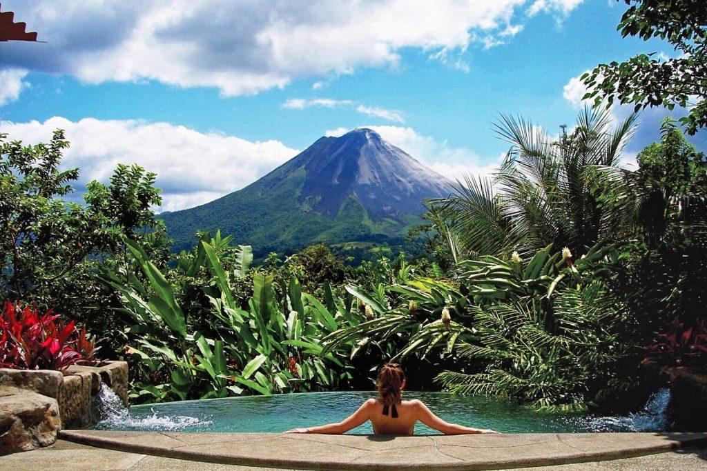 С паспортом Гренады можно въезжать без визы в страны Северной и Южной Америке
