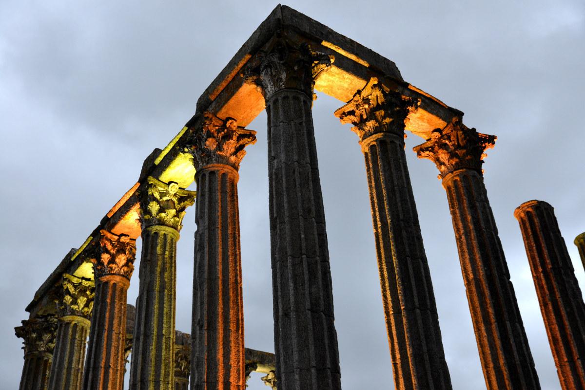 Эвора - Храм