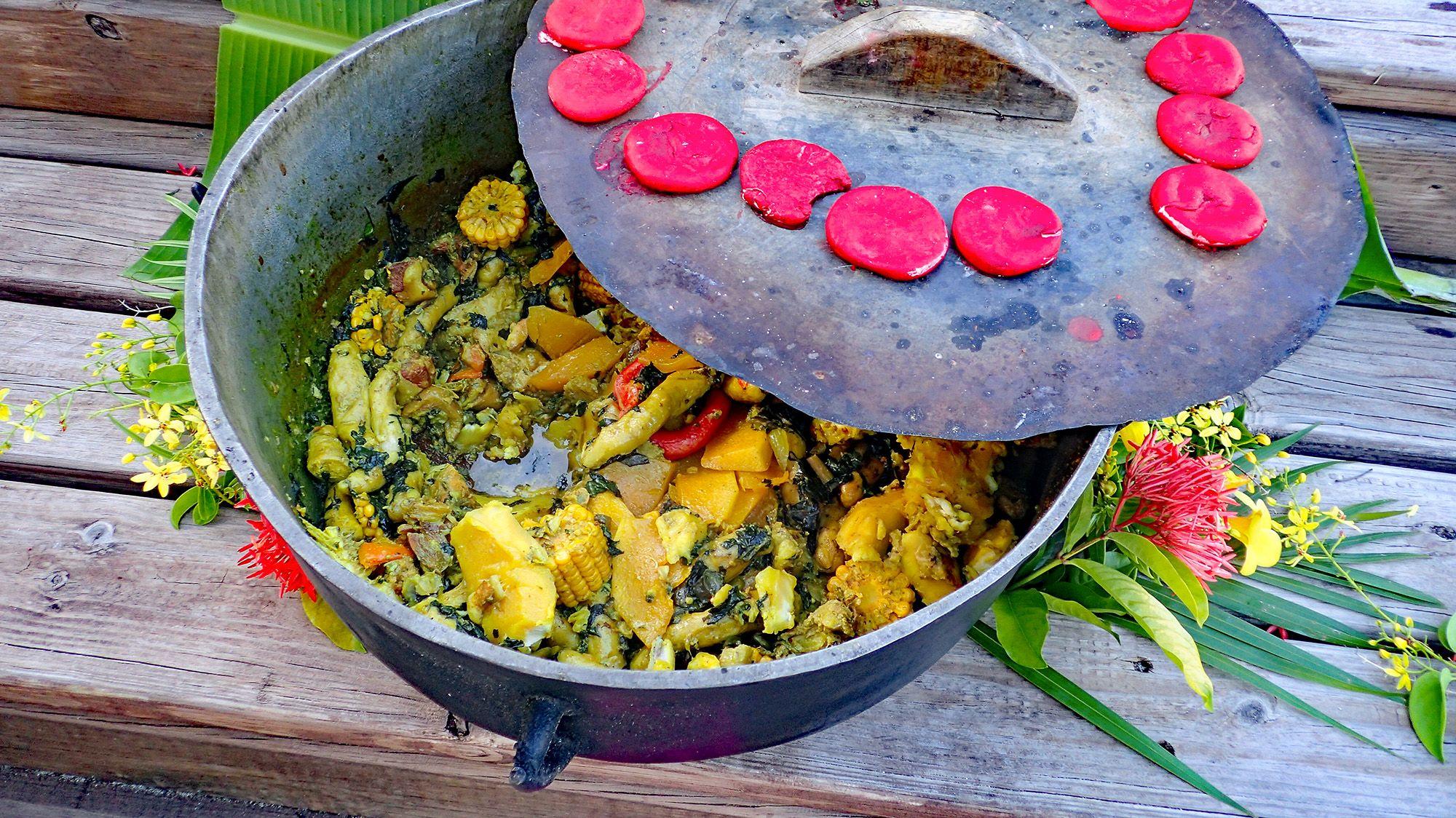 Масляный пух - блюдо Гренады